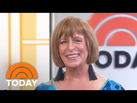 'She Looks Like A Movie Star!' Mom Sheds Her Long Hair For Ambush Makeover | TODAY