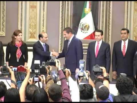 En el Congreso del Estado Rafael Moreno Valle presentó la Reforma Constitucional para crear el #SistemaEstatalAnticorrupción