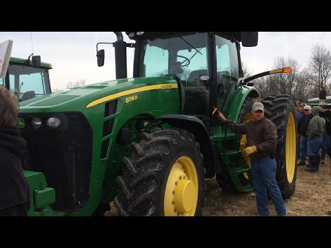 2010 John Deere 8295R Tractor with 798 Hours Sold on Missouri Farm Auction