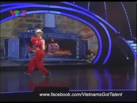 11-3-2012 - Hài hước với Nguyễn Trường Giang - Bán Kết 2 - Dealsoc.vn