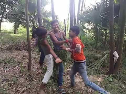 Video परधनवा के रहर में - Pardhanwa Ke Rahar Me - Bhojpuri Hot Songs 2015 ... download in MP3, 3GP, MP4, WEBM, AVI, FLV January 2017