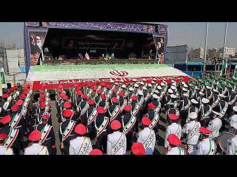 Ιράν: Λαμπρές εκδηλώσεις για την επέτειο της Ισλαμικής Επανάστασης…