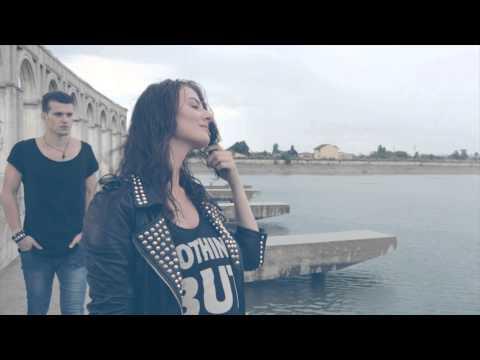 Tekst piosenki Akcent - Every Time (Turn My Life Around) (Feat. Ronnie Bassroller) po polsku