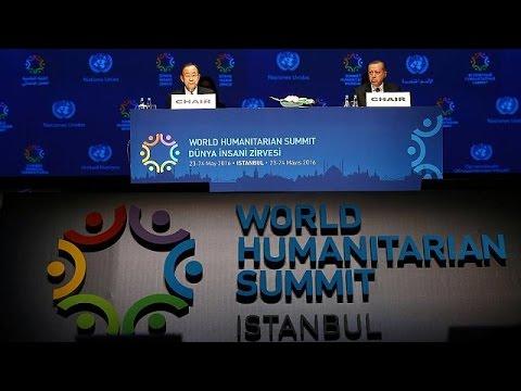 Κωνσταντινούπολη: Ο Ντάνιελ Κρεγκ άνοιξε τις εργασίες της Ανθρωπιστικής Διάσκεψης