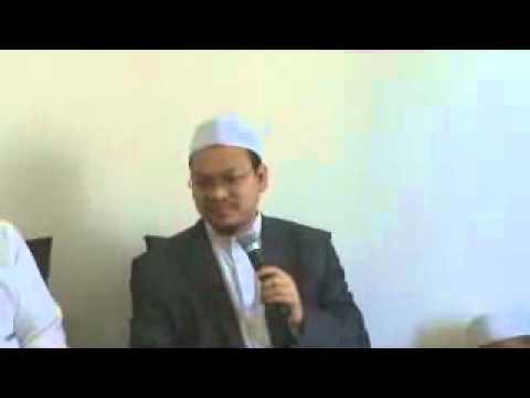 Dilarang rukuk kepada sesama manusia: Ustaz Zaharuddin Abd Rahman (UZAR)
