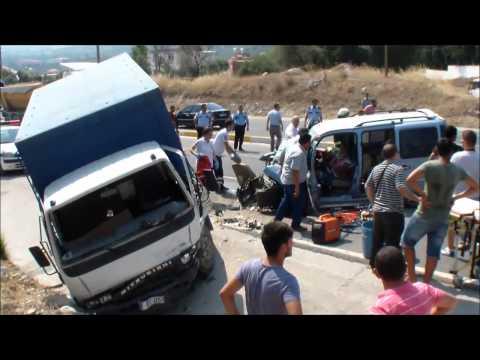 30 Temmuz Mezarlık Kavşağı Kaza 2 yaralı