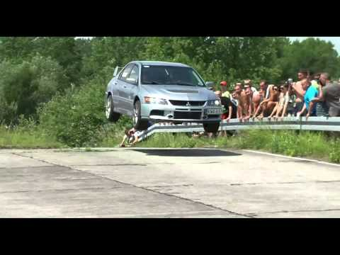 mitsubishi lancer evo ix - salto incredibile