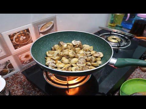 Mushroom Methi Malai With Paratha | Delicious Recipe
