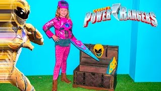 SABAN POWER RANGERS Assistant Morphs into Pink and Yellow Rang...