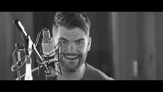 """Can't Take Her Anywhere"" is on the new Dylan Scott Deluxe Album! http://flyt.it/Hooked Co-written by Dylan, ""Can't Take Her ..."