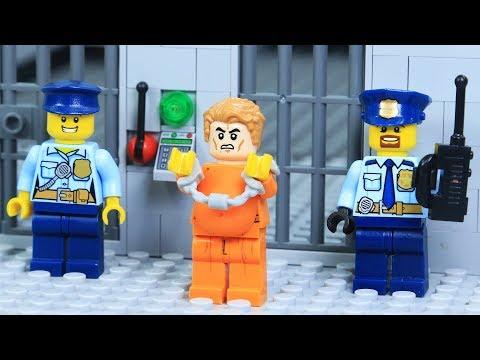Lego Police Fat Prisoner Escape