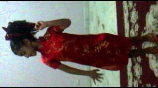 رقص زیبای یک کودک