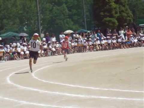 名古屋市守山区白沢小学校 怪獣3号の全学年対抗リレー大会