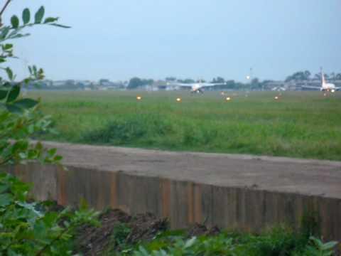 Aterrisagem NHT PR-NHD pista 29 SBPA Aeroporto Salgado Filho Porto Alegre / RS
