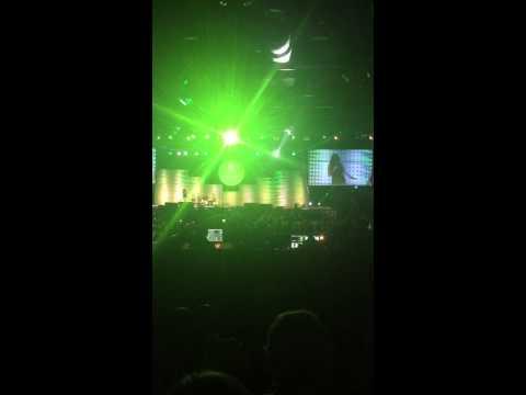 Ashley Sinclair Whip & Nay Nay (видео)