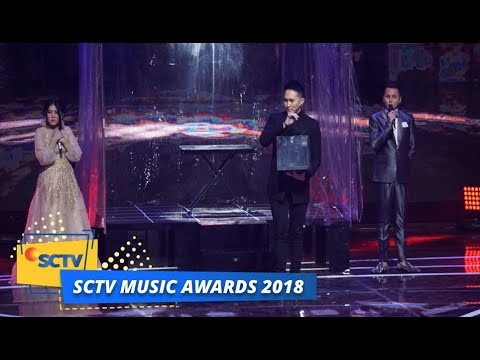 Demian Buat Tegang Panggung SCTV Music Awards 2018 (видео)