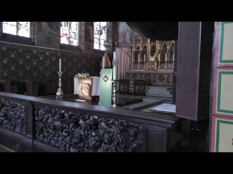 Video: Basilica of the Holy Blood, Bruges