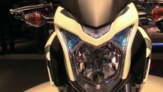 10. 2018 Honda CB500F Special Series Lookaround Le Moto Around The World
