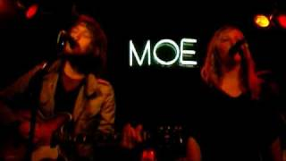 Fleet Foxes cover Fleetwood Mac