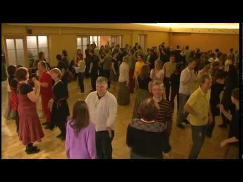 Ģikšu danču nakts, piedalās Valkas kultūras nama folkloras deju kopa