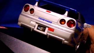 Nonton NISSAN SKYLINE GT-R (R34) Kyosho 1/27.52