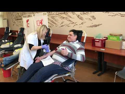 Wideo1: Zbiórka krwi na 100-lecie