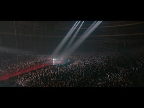 Babymetal - Road Of Resistance - Live In Japan (official)
