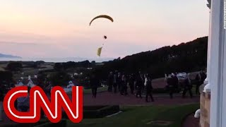Video Trump protester breaches security airspace MP3, 3GP, MP4, WEBM, AVI, FLV Juli 2018
