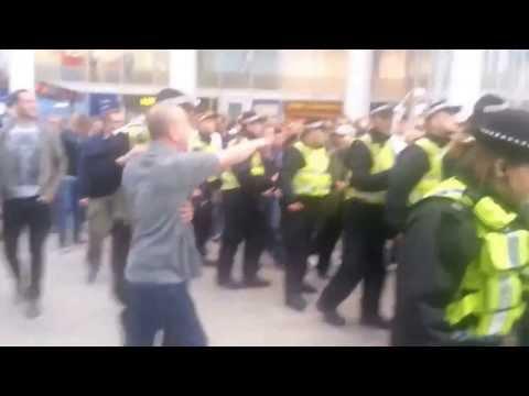 Leeds Utd vs  The Police at London Bridge 28 09 2013