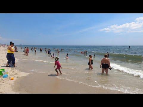 ⁴ᴷ⁶⁰ NYC Phase 4 Reopening (Narrated): Walking Rockaway Beach (July 26, 2020)