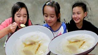Video Challenge Anak Makan Bubur Sumsum.  Indonesian Breakfast MP3, 3GP, MP4, WEBM, AVI, FLV Januari 2019