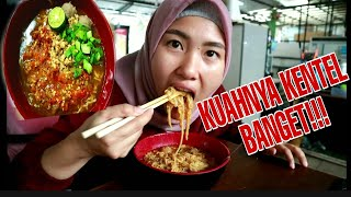 Video BAKMI TERUNIK DENGAN KUAH SUPER KENTAL Di BOGOR || Kuliner Bogor MP3, 3GP, MP4, WEBM, AVI, FLV Agustus 2019