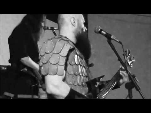 IRON WOODS - We Live to Fight - Live  Cordeirópolis/SP17/12/2016 (видео)