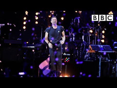 Coldplay – A Sky Full Of Stars at BBC Music Awards 2014