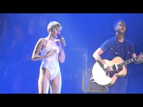 Miley Cyrus en Puerto Rico: Baby Im Gonna Leave You (Led Zeppelin's Cover)