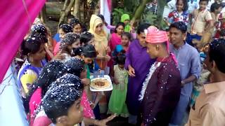 Video The water vomited the water after drinking salt water. MP3, 3GP, MP4, WEBM, AVI, FLV Desember 2018