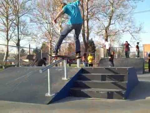 new warren skate park