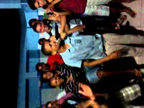 O MUDINHO CANTANDO !!!!! (RETIRO 2011 - ASSEMBLÉIA DE DEUS EM PEDREIRAS-MA)