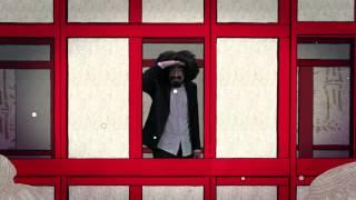 Download Lagu CAPAREZZA - CHINA TOWN - Video Ufficiale Mp3