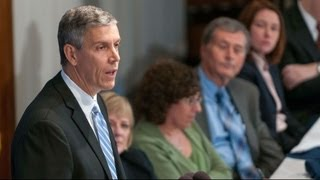 Arne Duncan speaks at National Press Club Luncheon - 10/2/12