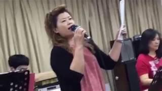 Download Lagu 你到底爱谁-Alice Teo Mp3