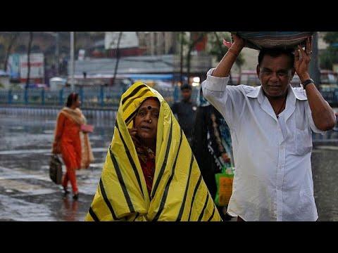Ινδία: Στο έλεος του κυκλώνα Φάνι οι ανατολικές ακτές