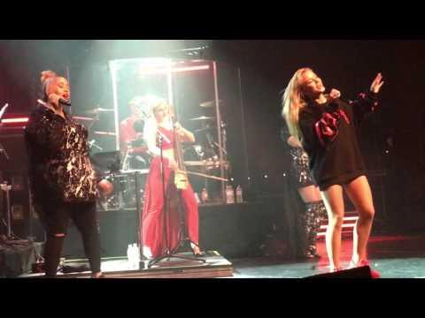gratis download video - Clean-Bandit-ft-Zara-Larsson--Symphony