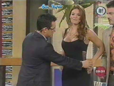 MariTere Alessandri en Vestido Negro Entalladisimo