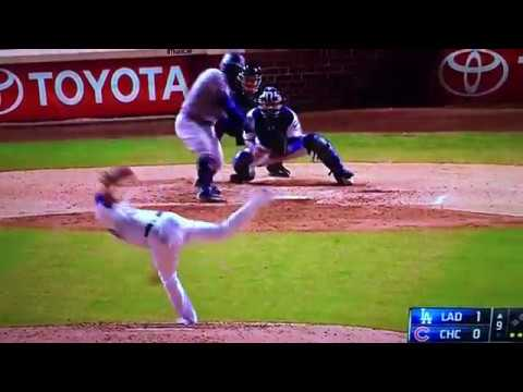 Chase Utley Scores on Error Dodgers Vs Cubs 4/12/17