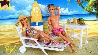 Barbie y Ken Rutina de Mañana en sus vacaciones en la playa. Barbie y ken se quedan en un lindo hotel en el mar. Van a la playa en su ropa de baño y comen comida deliciosa bajo el sol. luego Barbie y Ken pasean en su lancha/bote.  Barbie bucea bajo el oceano con ken y ven a un delfin rosado y un tiburon.Juguetes del VideoMuñeca de Barbie y Los Delfines MagicosBote Lancha de Pelicula Barbie y Los Delfines MagicosMuñeco Ken Barbie Dolphin MagicBarbie Vacaciones en Crucero con Ken y sus Hermanas - Los  Juguetes de Titihttps://youtu.be/iXEjVQa9bIEBarbie Limpia su Carro en el Autolavado con Gasolinera & Bebes de Elsa & Annahttps://youtu.be/s4SIUP3JXnU🎀 Barbie Rutina de la Mañana Limpiando su Casa y Comprando en El Supermercado - Juguetes de Titihttps://youtu.be/c7pgdrLWkwwRutina de Noche en Casa de Barbie y Sus Hermanas - Barbie Dormitorio y Baño Juguetes de Titihttps://youtu.be/HmvymypWfPUChelsea hace un Desastre en la Lavanderia de Barbie - Maquina lavadora de Juguetehttps://youtu.be/JVztM3U5S5wBarbie Se Va de Viaje y Sus Hermanas Tienen Una Fiesta Desastrosa En La Casa de Sueños Barbiehttps://youtu.be/GEkt7lXKumk