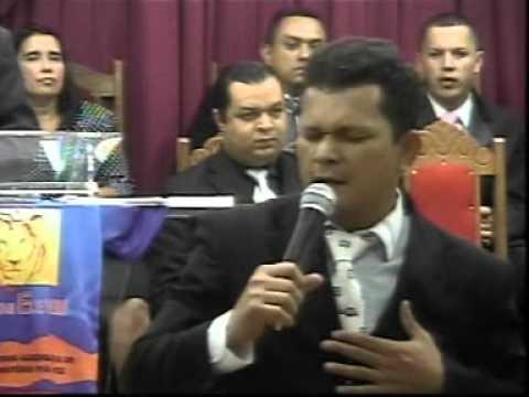 Cantor Neilton Santos na AD Viva Voz em São João Del Rey - MG