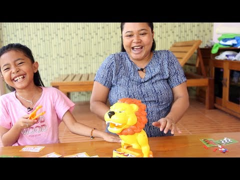 Unboxing Mainan Anak Beware of the Lion Game - Family Fun Game - Funny Challenge