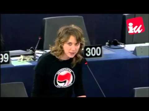 Albiol: »Es igual de fascista el hacinamiento de refugiados que pasearse con una esvástica«
