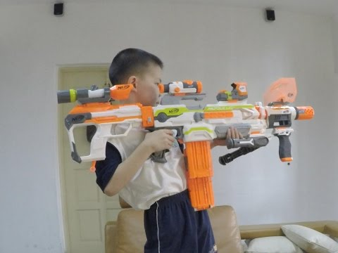 Nerf Vs BoomCo - NERF Modulus Fights For The Final Kit Kat!
